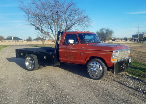 2493762f815627_low_res_1979-ford-f350-resto-mod